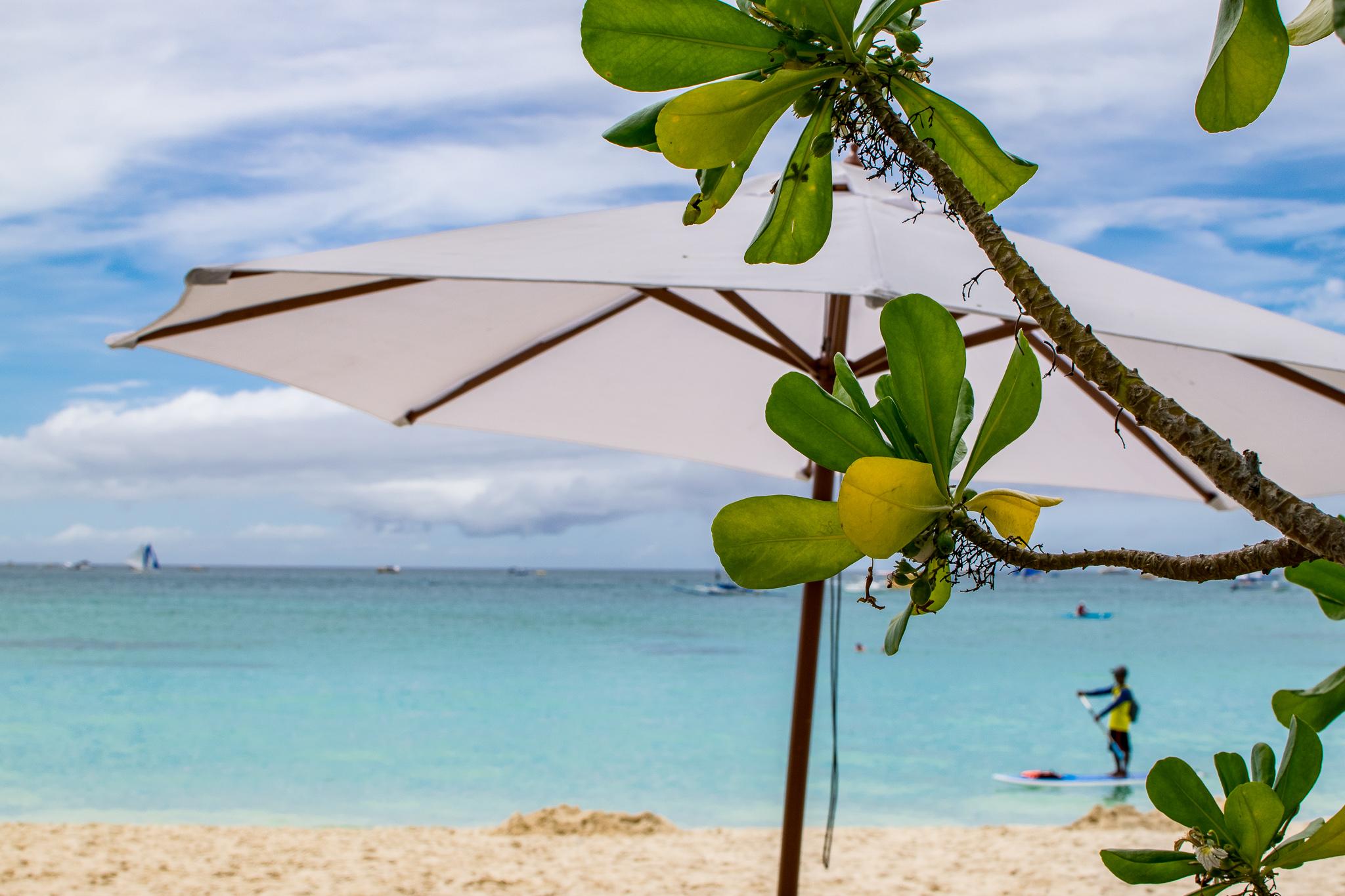Sonnige Aussicht auf Boracay